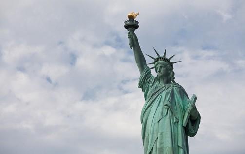 20130117-Statue+Liberty-IMG_0080-Samira+Bouaou.jpg503X318