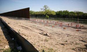 Border fence 0A4A4082 700x420 RDcNr5