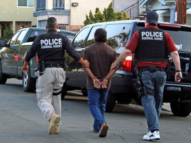 ICE arrests in California ICE Photo J9d38T